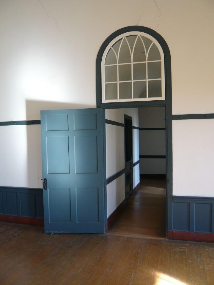 Szépen néz ki a modern beltéri ajtó